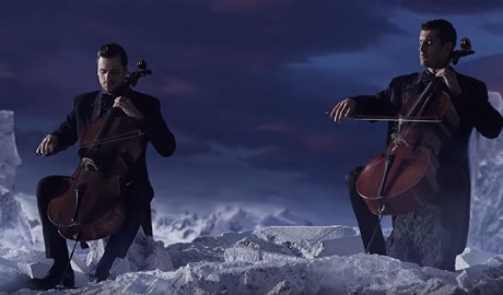 "2Cellos ob 20. obletnici filmskega Titanika z izjemno priredbo ""My Heart Will Go On"""